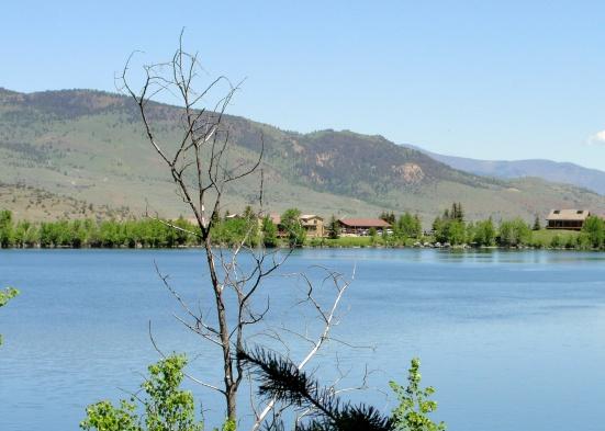 Merrell Lake: Hubbard's Yellowstone Lodge   Wildtalesof.com