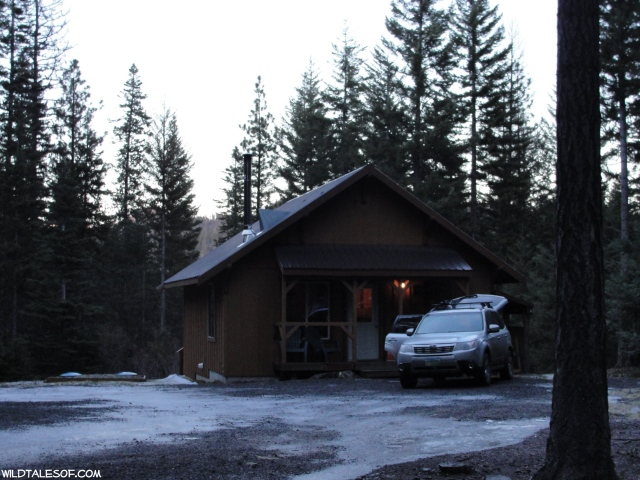 Central Washington Getaway: Cozy Cabin Retreat in Cle Elum | WildTalesof.com